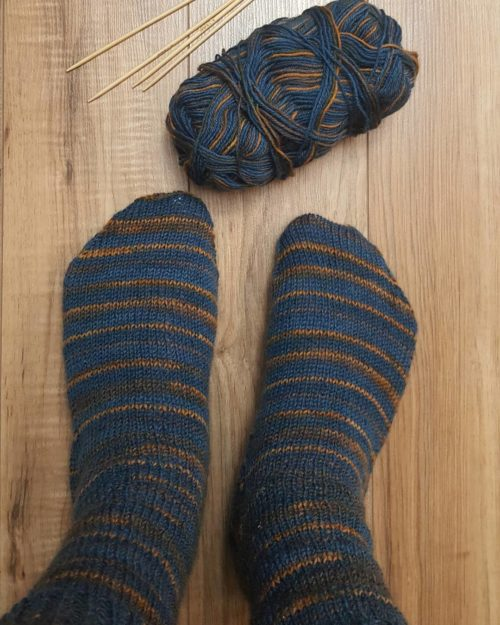 Knitting Socks Top Down